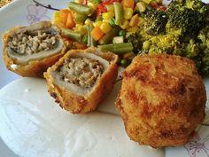 Csirkemájjal-gombával, krémsajttal töltött gombafejek recept elkészítése - A csirkemájat és a gombaszárakat ledaráljuk, vagy nagyon apróra vágjuk. ... My Recipes, Cooking Recipes, Hungarian Recipes, Hungarian Food, Paleo, Baked Potato, Quiche, Mashed Potatoes, Muffin