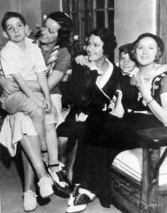 Natalie, Norma, and Constance Talmadge with Buster Keaton and Natalie's sons - the only offspring among the 3 sisters