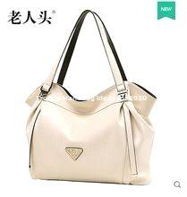 Stylish Trendy Handbags Ideas for 2020 Trending Handbags, Stylish, Ideas, Fashion, Leather Tote Handbags, Handbags, Moda, Fashion Styles, Fashion Illustrations