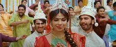 #TuneMaariEntriyaan Song Lyrics and HD Video - http://latestsdaily.com/tune-maari-entriyaan-featuring-priyanka-chopra-ranvir-singh-and-arjun-kapoor-song-hd-video-and-lyrics-gunday/  The song is sung by Vishal Dadlani, KK, Neeti Mohan and Bappi Lehri while the lyrics are penned down by Irshad Kamil. The composer of the music is Sohail Sen.  #Bollywood #Gunday
