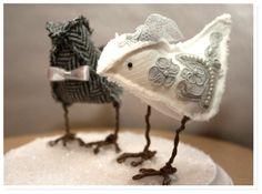 Free Pattern: Fabric Birdie DIY (Cake Toppers)