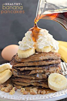 Healthy Banana Pancakes with 4 simple ingredients (no flour)! #thinkfisher