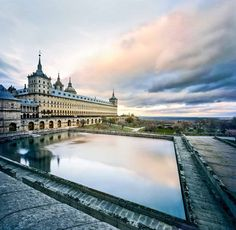 Madrid City, Real Madrid, Escorial Madrid, Places Around The World, Around The Worlds, Visit Madrid, Madrid Travel, Tourist Spots, Most Beautiful Cities