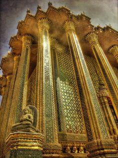 Wat Phra Kaeo @ Bangkok (Thailand) by Eric Rousset.