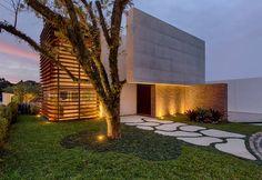 Casa MMP – Mauricio Melara Arquitetura Cinema Room Small, Small Rooms, Garage Doors, Sidewalk, Outdoor Decor, Instagram, Plants, Nova, Houses