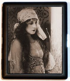 Gypsy Style Flapper Silent Film Vibe Jazz Age by sweetheartsinner, $9.99