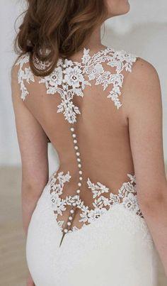 lace back wedding dress #wedding #weddingideas #weddings #weddingdresses #weddingdress #bridaldress #bridaldresses #laceweddingdresses