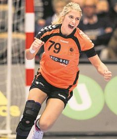 Estavana Polman Famous Sports, Just A Game, Action Poses, Best Games, Sports Women, Challenges, Punk, Athletes, Holland