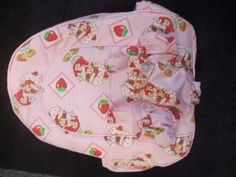 This is a handmade doll carrier back pack, for my 4 year old, its fully lined with hand quilted fabric, I'm just making all the accessories to go with it, I used a simplicity pattern from www.bobbinsandbows.co.uk
