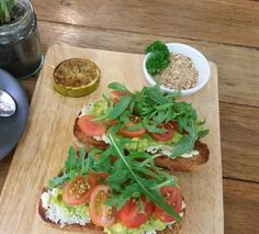 Have you tried The Bircher Bar Gourmet Board yet? Organic marinated feta and smashed avocado on spelt sourdough topped with fresh cherry tomatoes and rocket served with grilled lime and house made roast almond & cashew dukkah! #bircherbar #lismore #byron #cafe #coffee #organic #feta #avocado #sourdough http://ift.tt/1cD4c3y