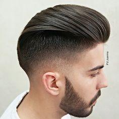 D'hombres juanma peluquero #thebarberhood #barbershop #fade #razor #realbarber #barberlife #oficiallayrite #oldschool #pompadour #osterpro #suavecito #uploadyourhaircuts #barberlove #haircut #hairstylesformen #schorem #internationalbarbers #gentelman #barbershopconnect #barberspain #españa #malaga #@juanmapeluka