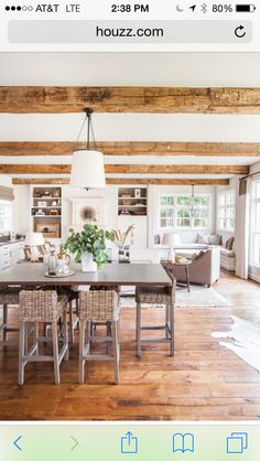 I like those exposed beams