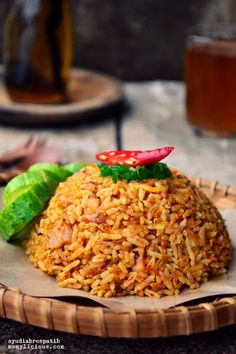 Food photography, cake, cookies and Indonesian food. Tasty Rice Recipes, Rice Recipes For Dinner, Side Dish Recipes, Asian Recipes, Mexican Food Recipes, Ethnic Recipes, Donna Hay Recipes, Rice Side Dishes, Spicy Dishes