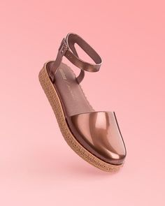 Bravura Flats from Anthropologie. Saved to Shoes, shoes, and more shoes. Shop more products from Anthropologie on Wanelo. Mellisa Shoes, Wedge Shoes, Shoes Sandals, Flats, Heels, Me Too Shoes, Cute Shoes, Shoes World, Jelly Shoes