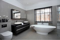 Tasse Bath - Project by So Chic Interiors
