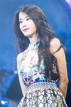 K-Pop Babe Pics – Photos of every single female singer in Korean Pop Music (K-Pop) Iu Fashion, Korean Fashion, Korean Beauty, Asian Beauty, Korean Celebrities, Celebs, Korean Girl, Asian Girl, Iu Hair