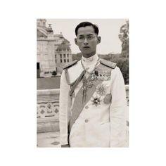 . . . . . . #bhumibol #bhumiboladulyadej #thekingisdead #ภูมิพลอดุลยเดช