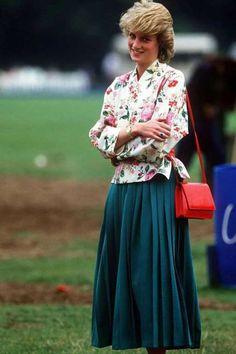 Si este verano el kimono está viviendo un apetecible renacer, a mediados de los 80 Diana ya fue adel... - Proporcionado por Conde Nast España