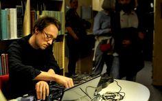 Jacek Smolicki (PO/SW)  http://in-sonora.org/ficha-artista/jacek-smolicki/