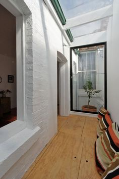 Camelia Cottage: Small House Extension Makes a Massive Impact