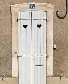 Open the door to the things you love and follow your passion, the rest will follow #doorsoftheworld #lovewhatyoudodowhatyoulove #pinterestinspired