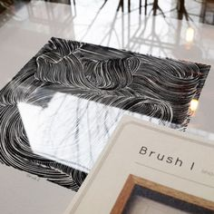 """Brush I"" Linocut art series by @quinquedesign  Limited edition handmade print.👌 Frame Size: 30x30 cm. Get free shipping ✈  Online Shop👉 www.hipicon.com & www.havanhome.com  #shop #artprint #linocut #linoprint #print #art #quinquedesign #quinque #inspiration #wallart #homeoject #accessories #pure #modern #nature #marble #line #lines #detail #simple #frame #deco #simplicity #artwork #limitededition"