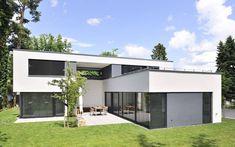 1310 Einfamilienhaus, Neubau | a.punkt architekten 2 Storey House Design, Small House Design, Modern House Design, Scandinavian Style Home, Farmhouse Remodel, New House Plans, Home Fashion, Exterior Design, Future House