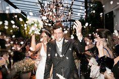 Patricia e Gustavo realizaram o casamento na casa dos pais da noiva. Veja os detalhes da cerimônia.