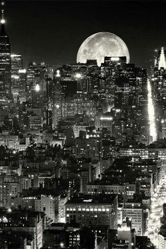 Black and White design landscape NYC space architecture new york new york city Manhattan Astronomy Beautiful Moon, Beautiful World, Places Around The World, Around The Worlds, Photographie New York, Voyage New York, I Love Ny, City That Never Sleeps, City Lights