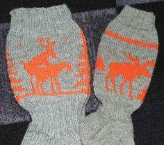 Helemenkerrääjä puikkoviidakossa: Hirvisukkia Winter Hats, Socks, Fashion, Moda, Fashion Styles, Sock, Fasion, Stockings, Ankle Socks