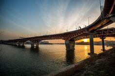 Seongsudaegyo Bridge Seoul Korea  #infrastructure #seongsudaegyo #bridge #seoul #korea #photography