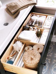 Ordenar el cajón del baño y no morir en el intento