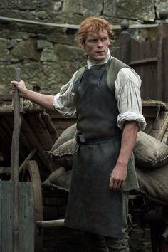 """At the end of the latest Outlander episode, titled """"Creme de Menthe,"""" Jamie realizes it's time to take young Ian back to his parents, Jenny and Ian, Outlander Season 4, Outlander Book Series, Outlander Tv Series, Jamie Fraser, Claire Fraser, Highlands Warrior, Scottish Warrior, Diana Gabaldon Books, Gomez"""