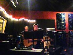 "Lee DeWyze covering ""Somebody That I Used To Know - Lee DeWyze - Twitvid.mp4"