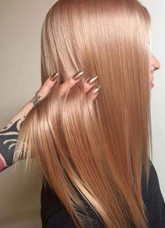 The best ever combinations of rose gold hair colors with beautiful rose gold nail arts is really awesome way for all the ladies to adopt in year 2018. This is one of the best combinations and beauty signs for ladies to wear in this summer season. Women who are looking for unique fashion ideas, they can visit here.