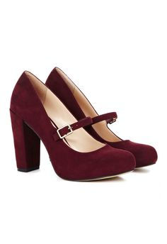 Burgundy Heels - perfect for fall- love the fat heel for balance & the rounded toe with strap for max class (;