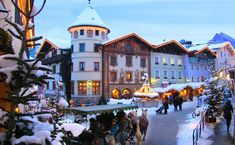 Berchtesgadener Advent Marktplatz 6th Week: Dec 26 - Dec 30 ,12 am - 6 pm  Dec 31 10 am - 3 pm
