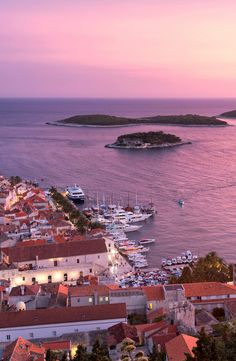 Island-hopping on Croatia's Dalmatian Coast… (Photo: Cameron Hewitt)