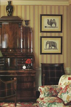 Chintz, stripes, antiques - Colefax and Fowler