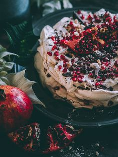 Christmas Pavlova, Christmas Desserts, Christmas Baking, Christmas Tea, Christmas 2019, Good Healthy Recipes, Sweet Recipes, Vegan Shortbread, Nordic Recipe
