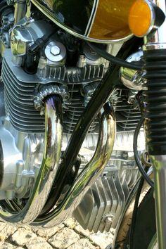 1972 Honda Four-Candy Gold Honda Cb 500, Cb750, Honda Motorcycles, Classic Bikes, Super Bikes, Choppers, Motorbikes, Engineering, Japanese