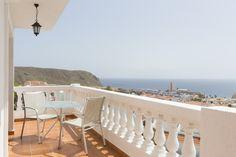 Enjoy your morning in the Tenerife sun at Beverly Hills Heights #beverlyhillsheights #morning #tenerife #sunshine