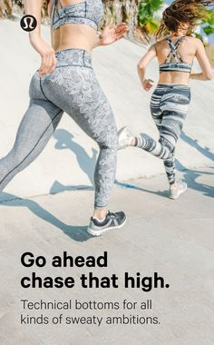 Artistry in motion: beauty lies in the process. Nylon yarn, dyed and then knitted, allows the detail of lululemon Sprayed Jacquard to move and stretch along with you. A variety of new knitted textures and unique designs, prints and patterns to take your workout up a notch.