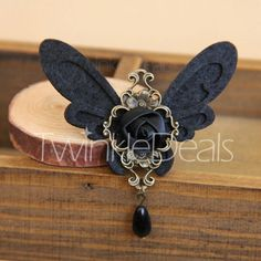 Vintage Chic Bead Pendant Butterfly Brooch For Women