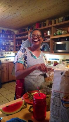 Why is the farmer's wife jamming in the farmhouse? Come on over and see why, see lots of pictures, and get creative ideas on how to use the last of summer's bounty in your kitchen. Colvin Family Farm CSA Week 15