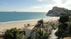 Poniente beach: New building with only six apartments with exceptional views and location, pool and large terrace. Two garages and storage. http://www.allpropertiesspain.com/en/property/apartment-sale-benidorm-00000060