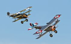 Fokker Dr.I and Nieuport 17 Scout