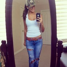 Hot brunette in green cap takes selfie of perky round boobs, slim curvaceous supple body, and sexy legs in white tank top and ripped blue jeans Country Girl Outfits, Hot Country Girls, Country Girl Style, Country Fashion, Cowgirl Outfits, Edgy Outfits, Fall Outfits, Summer Outfits, Cute Outfits