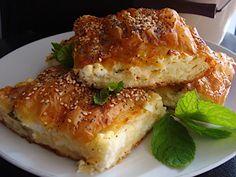 Tiropita-soufle-me-fresko-diosmo-1 Savory Muffins, Salmon Burgers, Lasagna, Feta, Tart, Sandwiches, Recipies, Food And Drink, Dinner