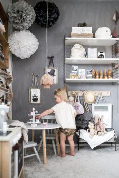 Grey children's room with lots of details - Paul & Paula - Kinderwelt Ideen